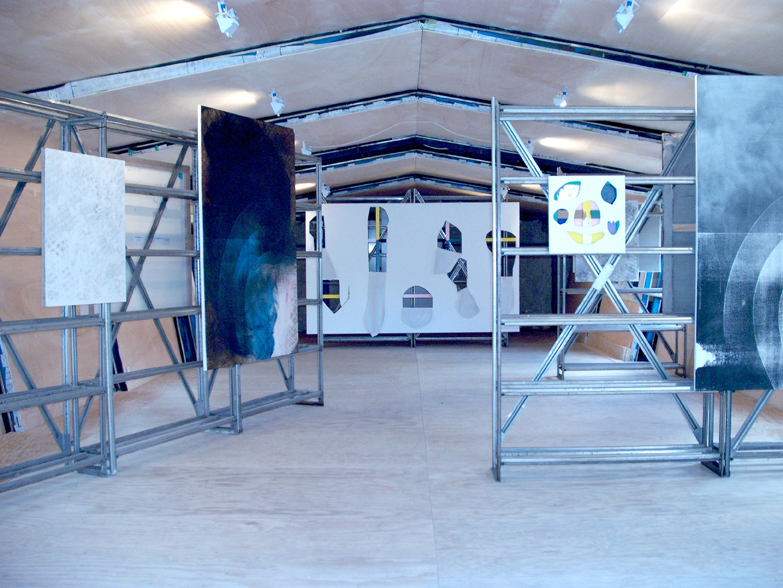 "<p style=""text-align: center;""><span style=""font-size: 8pt;"">Installation view, News from Nowhere, Jan Koch, Hannu Prinz, Renaud Regnery, REH Kunst, Berlin, 2011</span></p>"