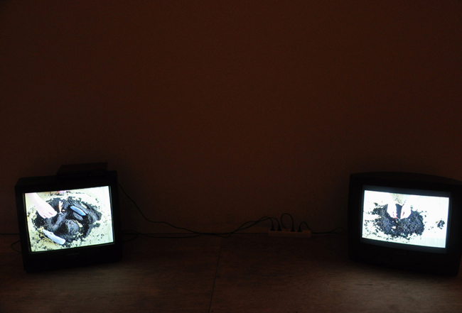 "<p style=""text-align: center;""><span style=""font-size: 8pt;"">Installation view, Ivan Bošković , REH Kunst, Berlin, 2012</span></p>"