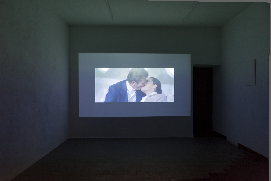 "<p style=""text-align: center;""><span style=""font-size: 8pt;"">Katharina Arndt, James (3:21 min, 2007), Kunst Film Fest #2, Part II: Supercut, Centrum, Berlin 2016, Photo Ute Klein</span></p>"