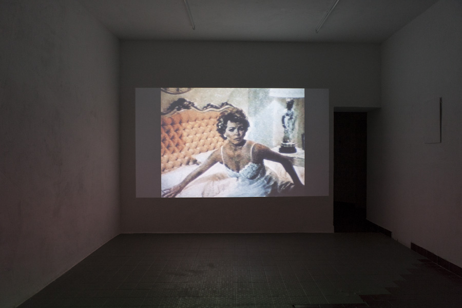 "<p style=""text-align: center;""><span style=""font-size: 8pt;"">Matthias Müller, Home Stories (6:11 min, 1990), Kunst Film Fest #2, Part II: Supercut, Centrum, Berlin 2016, Photo Ute Klein</span></p>"